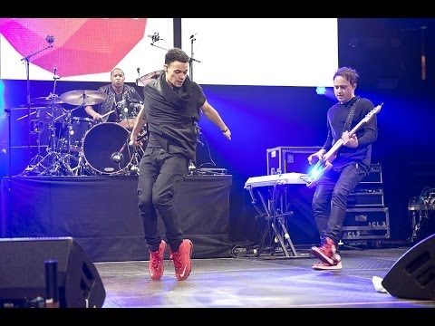 Royal Tailor performing live at The Roadshow 2014