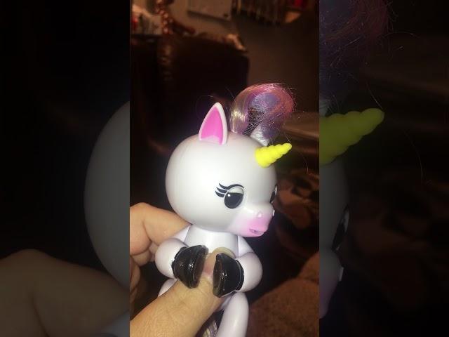 Fingerlings Where to Buy Unicorn Gigi Robot Monkey Toys