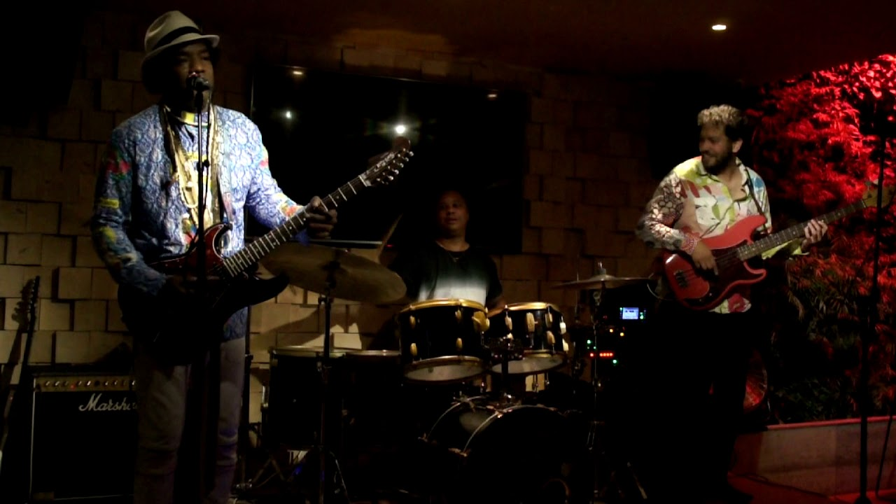 Ladell Mclin | SuperTrio |  Aug 3 | 2017