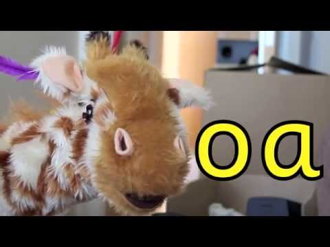 Geraldine the Giraffe learns /oa/