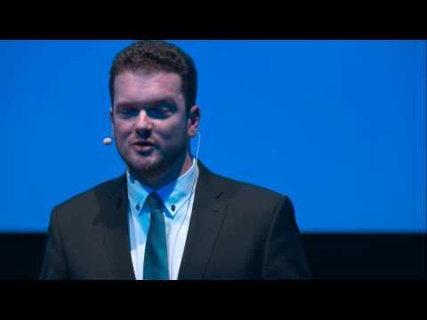 Memory techniques - Your secret weapon in the information age | Simon Reinhard | TEDxTUM
