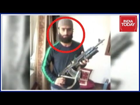Hizbul Commander Along With Other Terrorists Cornered At Anantnag By Security Forces