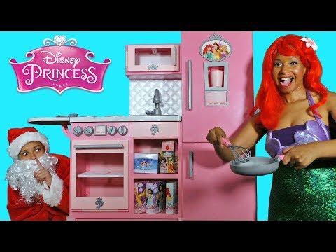 Disney Princess Gourmet Kitchen Set With Ariel And Santa Disney Toy Review Konas2002 Youtube