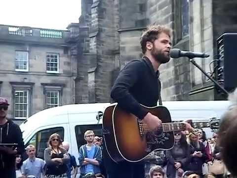 Passenger- Scare Away the Dark. Live in Edinburgh