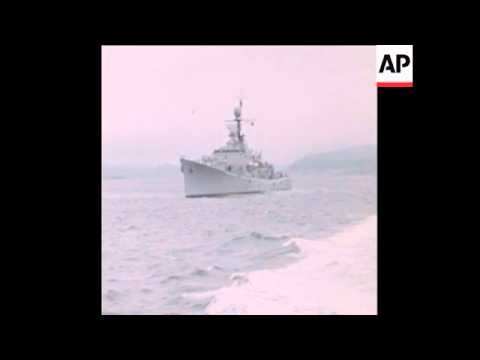 SYND 26-11-72 NORWEGIAN WARSHIPS PATROL SOGNEFJORD FOR MYSTERY SUBMARINE