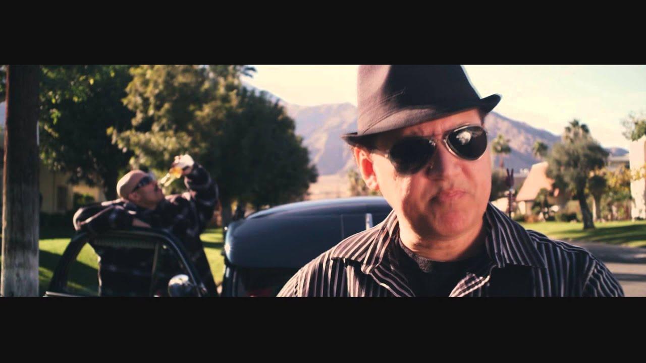 Mr  Capone-E ft  Nini Smalls - MARIA MARIA