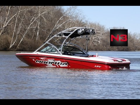 2007 Moomba Mobius LSV - On Water