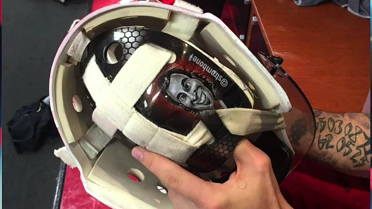 Gotta See It Lack Has Cartoon Luongo Face On Mask Youtube