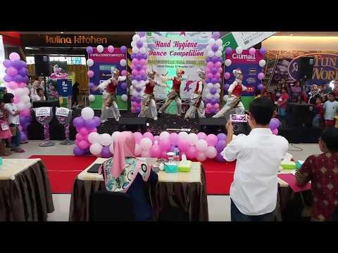 Juara 1 Hand Hygiene Dance Competition Puskesma Kemalaraja yang diselenggarakan RSUD Baturaja
