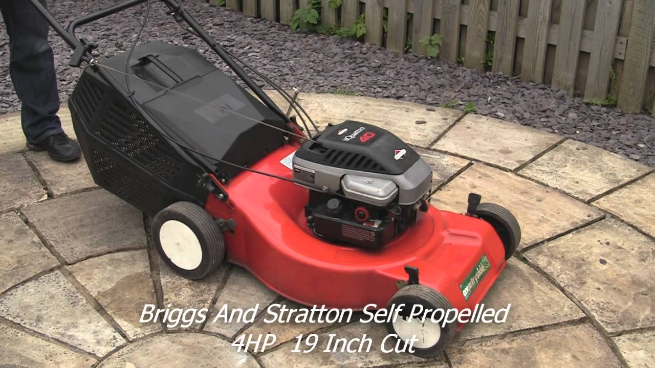 Briggs And Stratton Petrol Lawnmower Quattro 40 Test