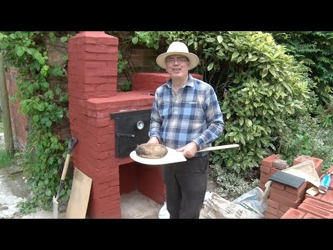 Building a wood fired Bread Oven