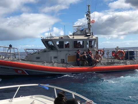 Pilot rescued after small military training plane crashes off Oahu