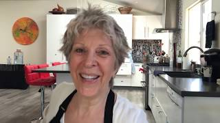 Joni Sare personal chef goes on-line (in English)