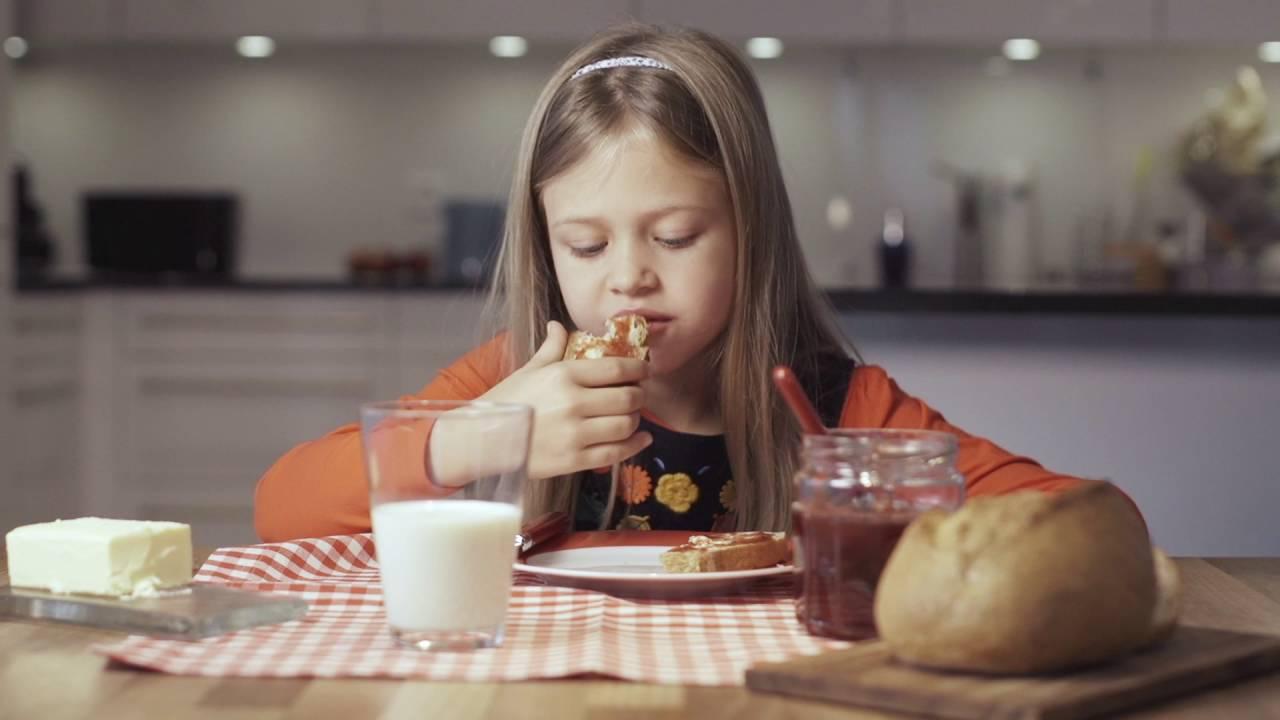 votre enfant ne veut manger que du sucr au petit d jeuner voici les solutions simples de. Black Bedroom Furniture Sets. Home Design Ideas