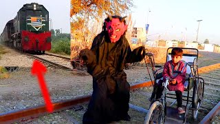 New Shaitan vs Train & Shaitan ki Mazoor Bachy ky sath new Chal