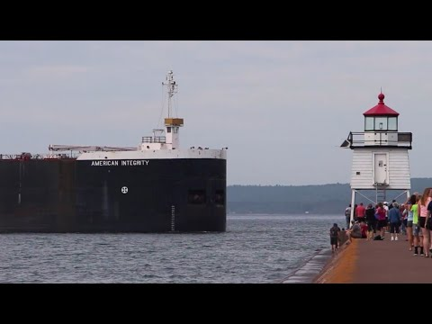 American Integrity - Fast Arrival in Two Harbors
