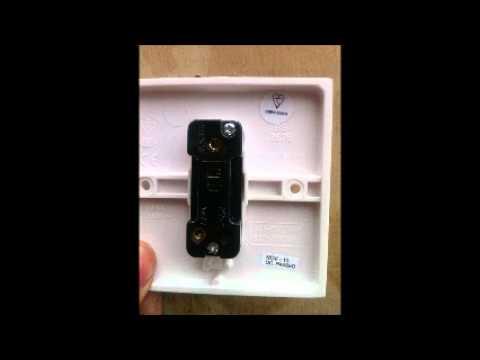 How to wire 1 gang 1 way switch (lsbu)  YouTube