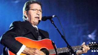 "Mac Davis ""Forever Lovers"""
