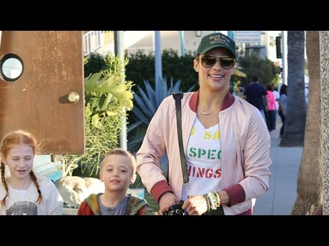 Paula Patton Ttakes Son Julian Shopping After Winning Sole Custody