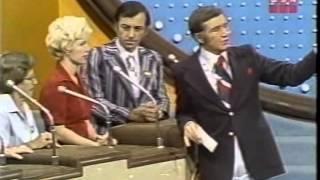 Family Feud ABC Daytime October 1976 Richard Dawson
