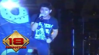 Andra And The Backbone - Sahabat  Live Konser Kupang 25 April 2008