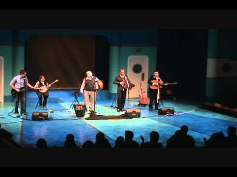 A Nation Once Again - Derek Warfield & The Young Wolfe Tones