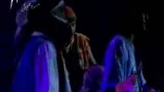 Tinariwen & Carlos Santana : Amassakoul