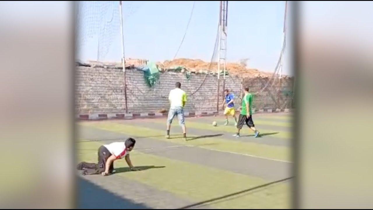 Photo of بـ كرة القدم.. صلاح يهزم المستحيل – الرياضة