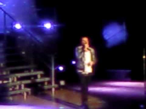 Peter Andre I Cant Make You Love Me 08.03.10