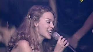 Kylie Minogue - Spinning Around (Live Pepsi Pop 2001)