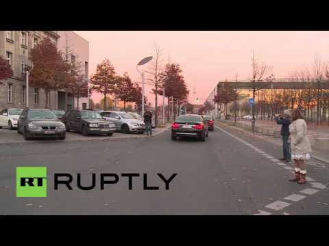 Germany: Merkel and Seehofer reach refugee deal, Gabriel walks out - reports