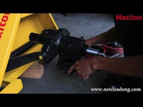 Repair Pallet Truck - Replace Hydraulic Pump