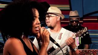 """Negra Li em """"Um minuto"""" no Estúdio Showlivre 2010"""
