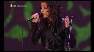 Смотреть клип Katie Melua - Don'T Let Me Down