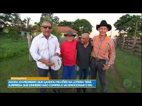 Pai de ex-pedreiro milionário realiza sonho e conhece Caju e Castanha