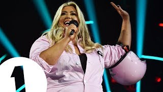 Gemma Collins returns to Radio 1's Teen Awards By Parachute