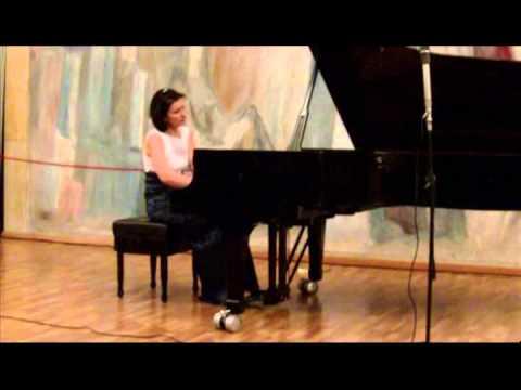 Ruzha Semova - Rachmaninoff - Prelude Op 32 N 5 in G major Moderato