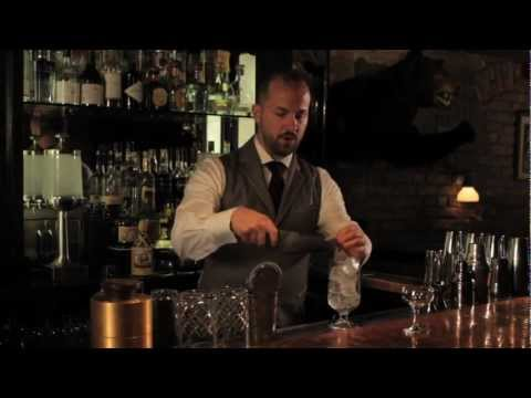 How to Stir a Drink - Speakeasy Cocktails