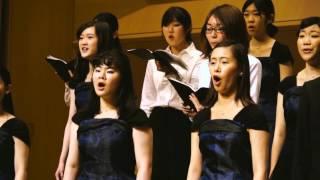 指揮者 岩切佳苗 ピアノ 秋本記世子 神奈川大学混声合唱団クール・アン...