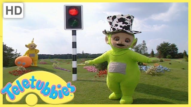 Download Teletubbies Full Episodes - Urban Walk (Series 5, Episode 121)