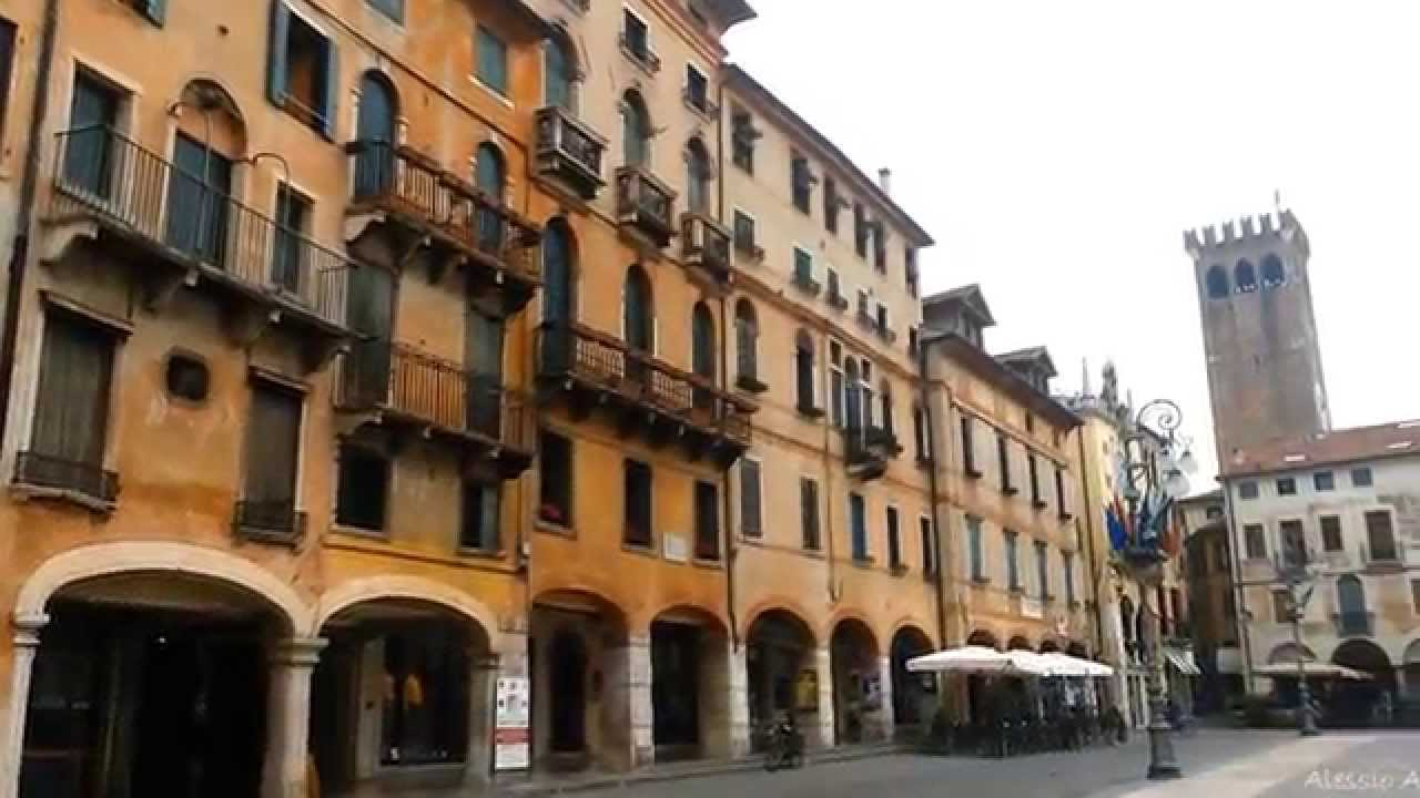 in giro per Bassano del Grappa - YouTube