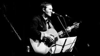 "Brian Fallon - ""Blue Jeans and White T-Shirts (The Gaslight Anthem)"" Live @ The Crossroads"