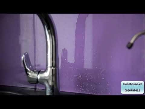 Kính ốp bếp - Lắp đặt kính ốp bếp màu tím kim sa ở Tây Hồ