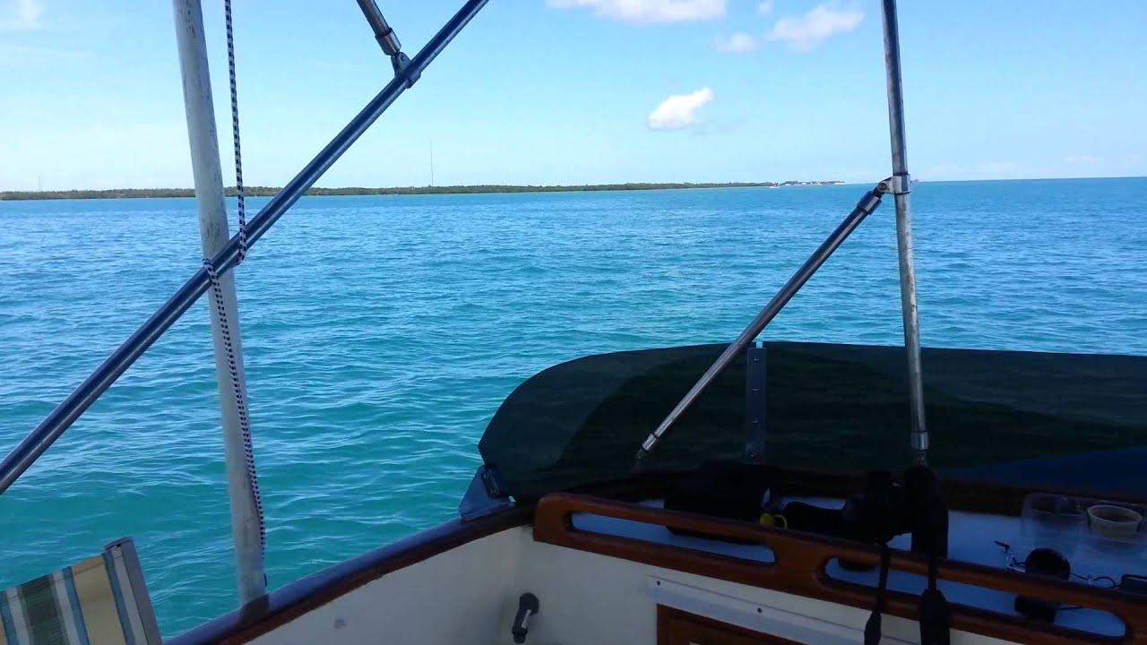 Trawler Traveling, Underway in Florida Bay