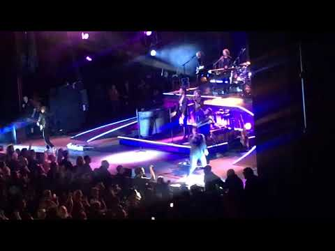ONE LESS DAY (DYING YOUNG) Rob Thomas W/ Butch Walker 06.18.2019 Greek Theatre