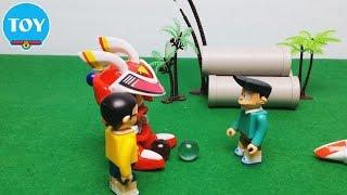 đồ chơi Doremon - Nobita và Suneo thi bắn bi Robot phần 1