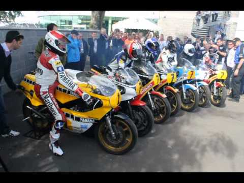 画像: Barry Sheene bikes - Silverstone 2013 youtu.be