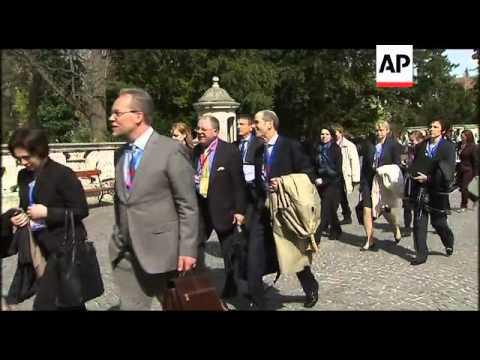 Swedish FM blasts Portugal debt crisis; analyst