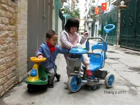 Tit & Giang San đi xe lắc