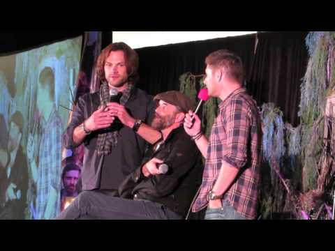 Supernatural PasCon 2015 - End of the Jensen and Jared Panel